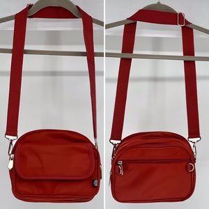 BB BAGS&DUFFLES-Shoulder Bag Coverts To Duffel Bag
